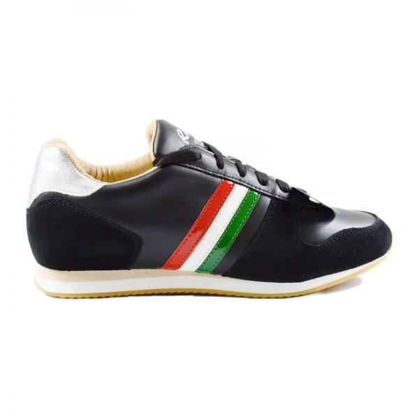 Italy-Bandiera-Nero_01
